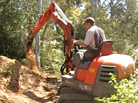 Small excavation equipment for tight places