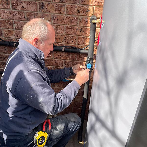 Evo 270 heat pump repairs Canberra
